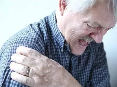 肩膀痛?它的发生率远超肩周炎