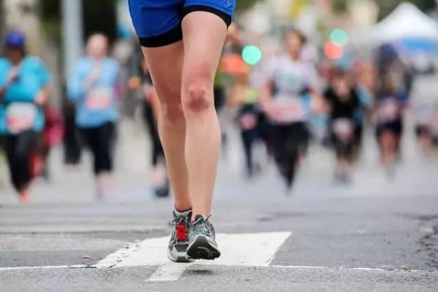 90%的跑者受过伤?如果遇到这7种情况,请立即停止跑步!