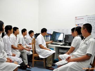 感受康复发展的艰辛与快乐 -----综合医院康复医学科的发展思路